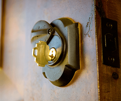 What to Know Before You Replace a Deadbolts
